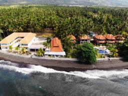 Bondalem Beach Club Bali
