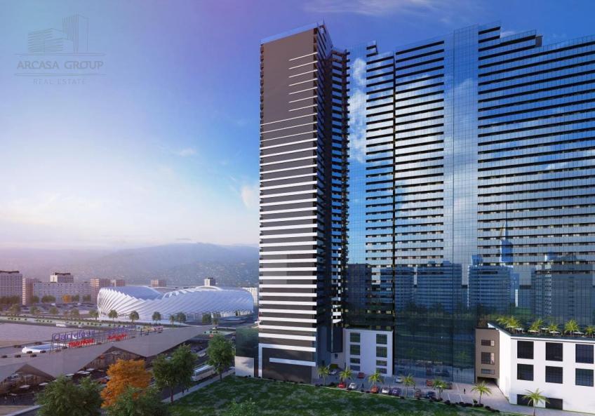 BlueSky Tower - Holiday Inn - Батуми